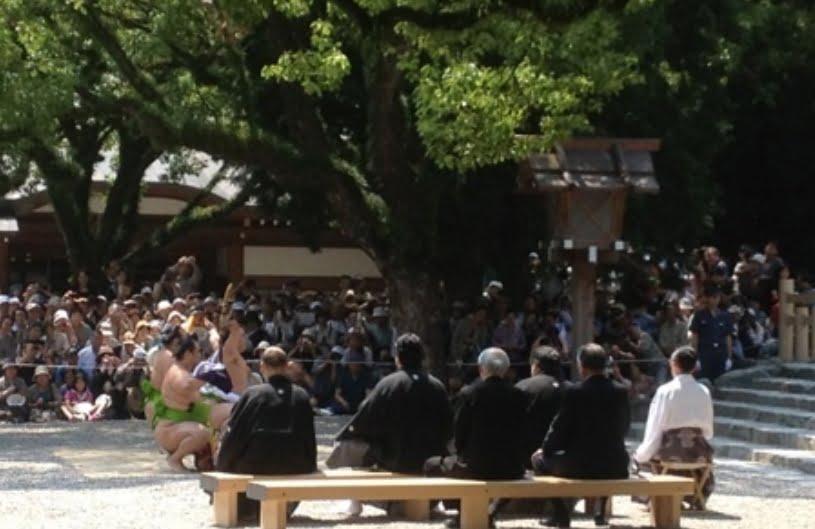 熱田神宮土俵入りの場所